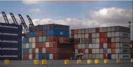 英国港口拥堵致木材等原材料短缺!.png