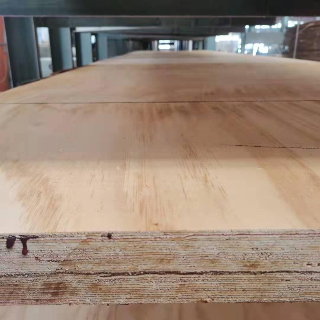 大芯胶合板和颗粒板有何不一样?