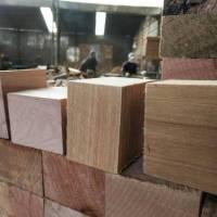 江苏苏州脚墩、木托盘和塑料托盘哪个好