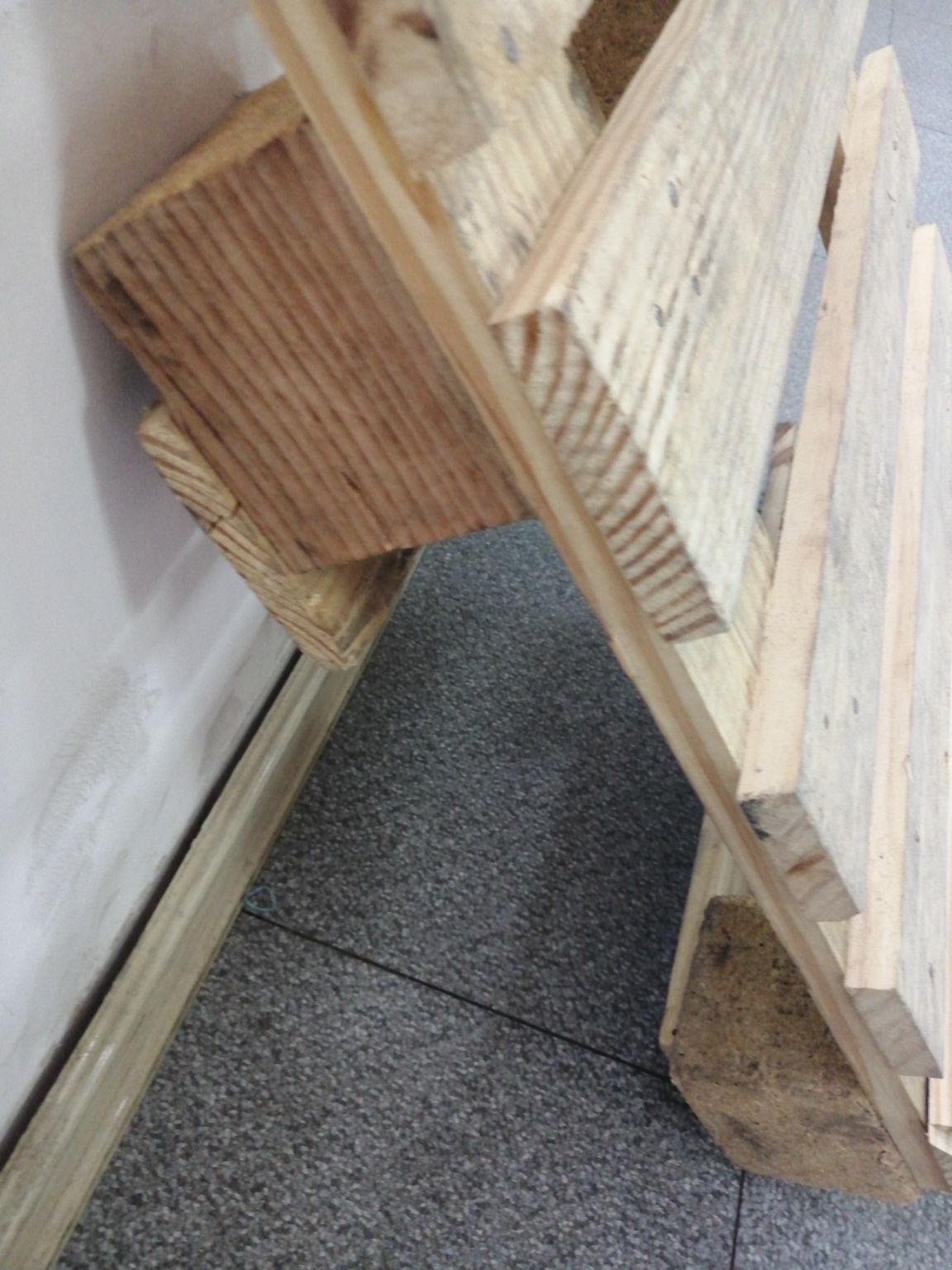 镇江附近杨木托盘用量大的话可以采取紧凑型的托盘