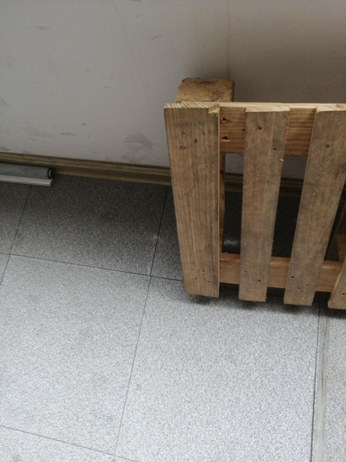 桐乡长期简易木托盘报价:1、铝木柜子价�,→¨