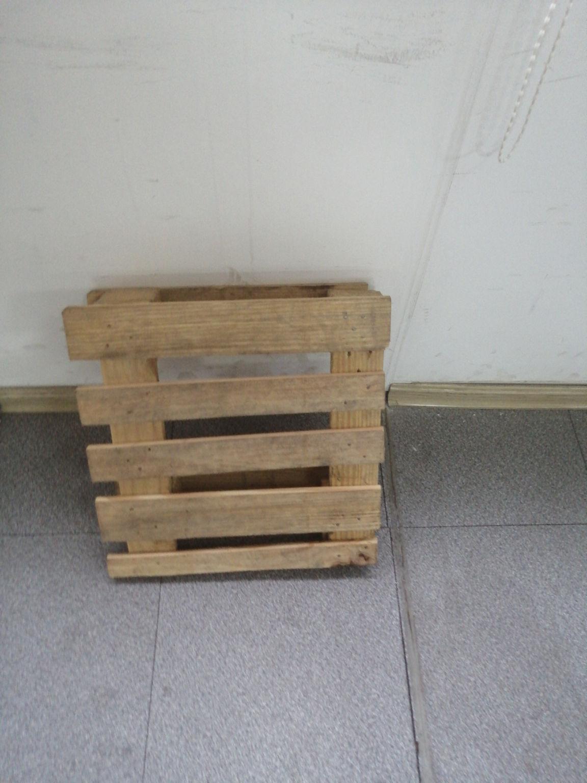 桐乡求购仓储木托盘生产厂家--桐乡市凯森服装贸易有