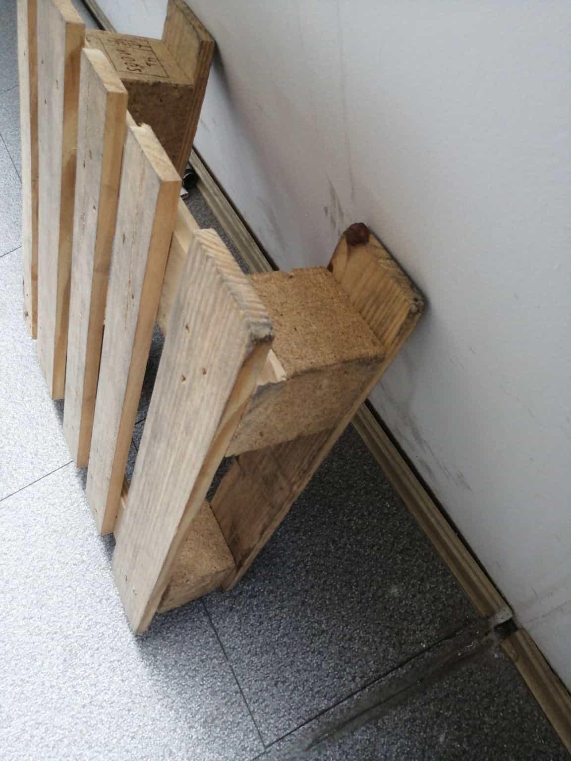 临汾货架木托盘拉槽托盘百货商场门口摆放自己设计制作