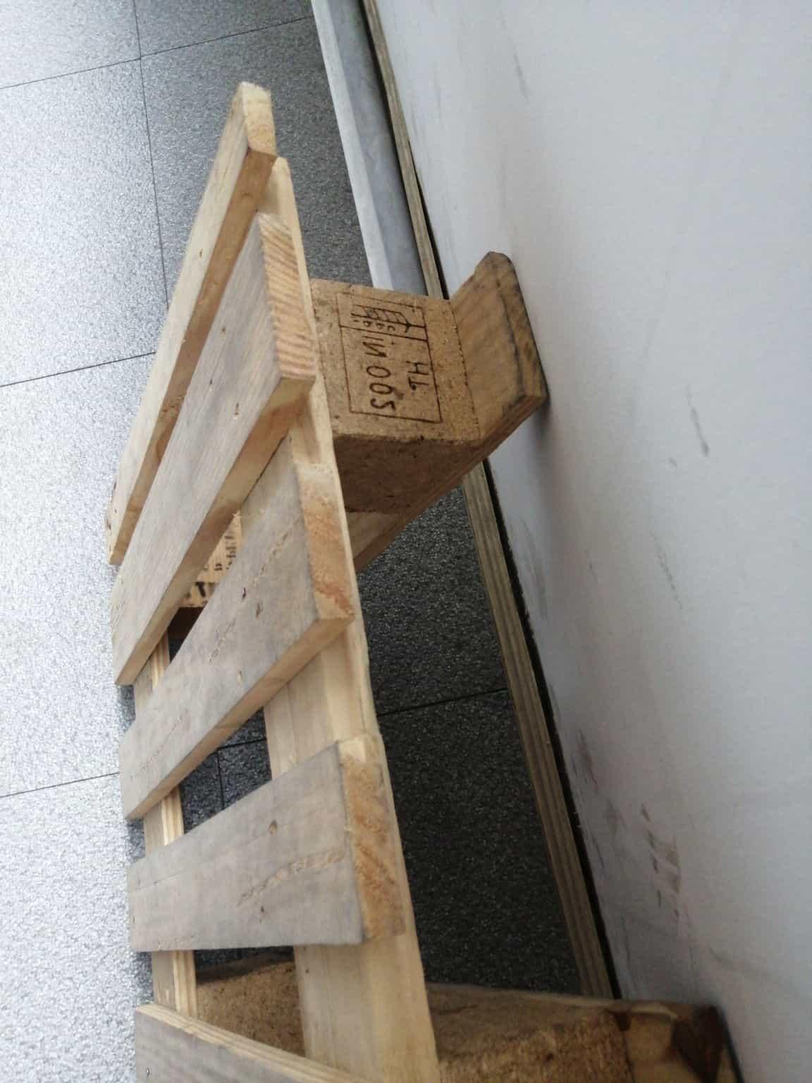 丹东免熏蒸实木托盘是当今国内最新进的专业、高端、无