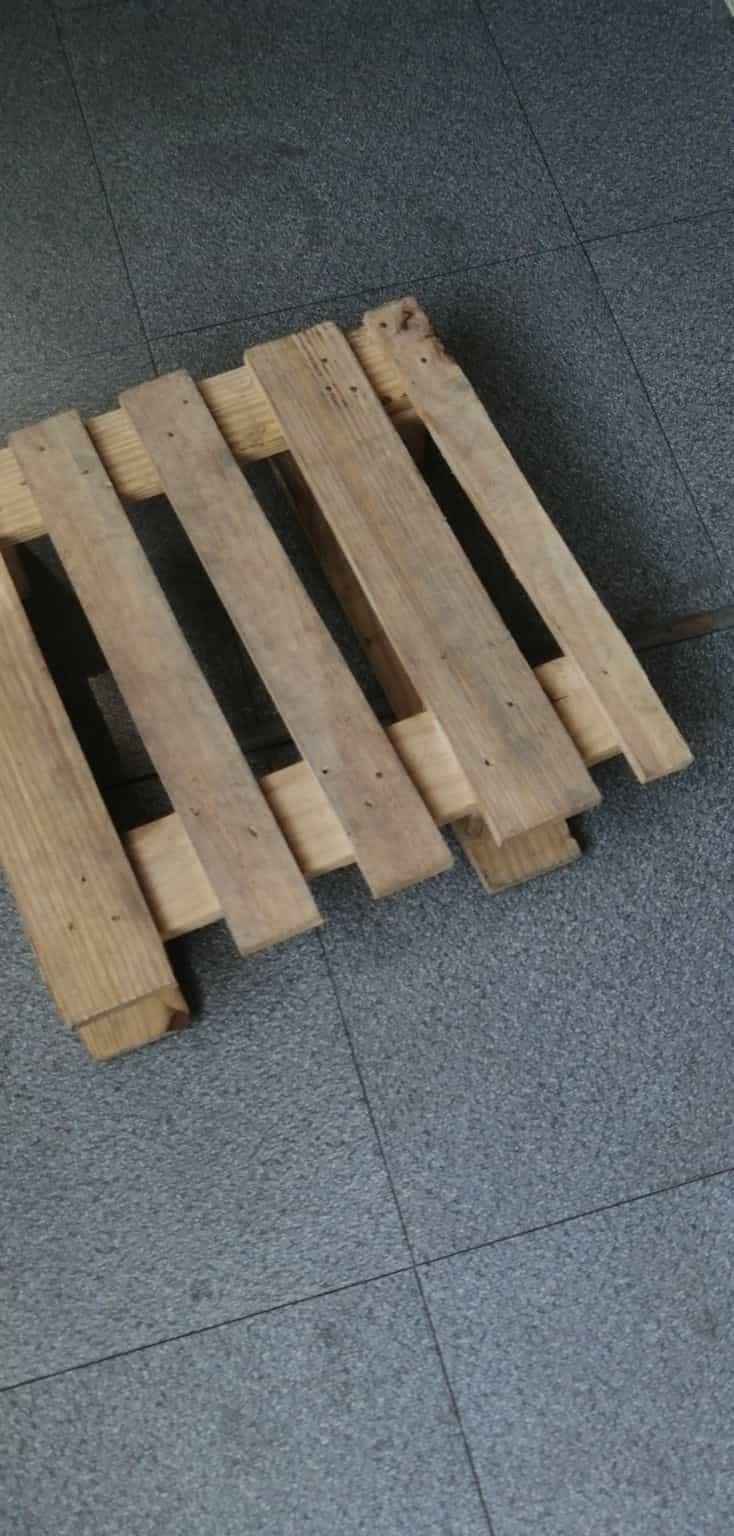 忻州江陰木托盤廠家首先引進先進設備