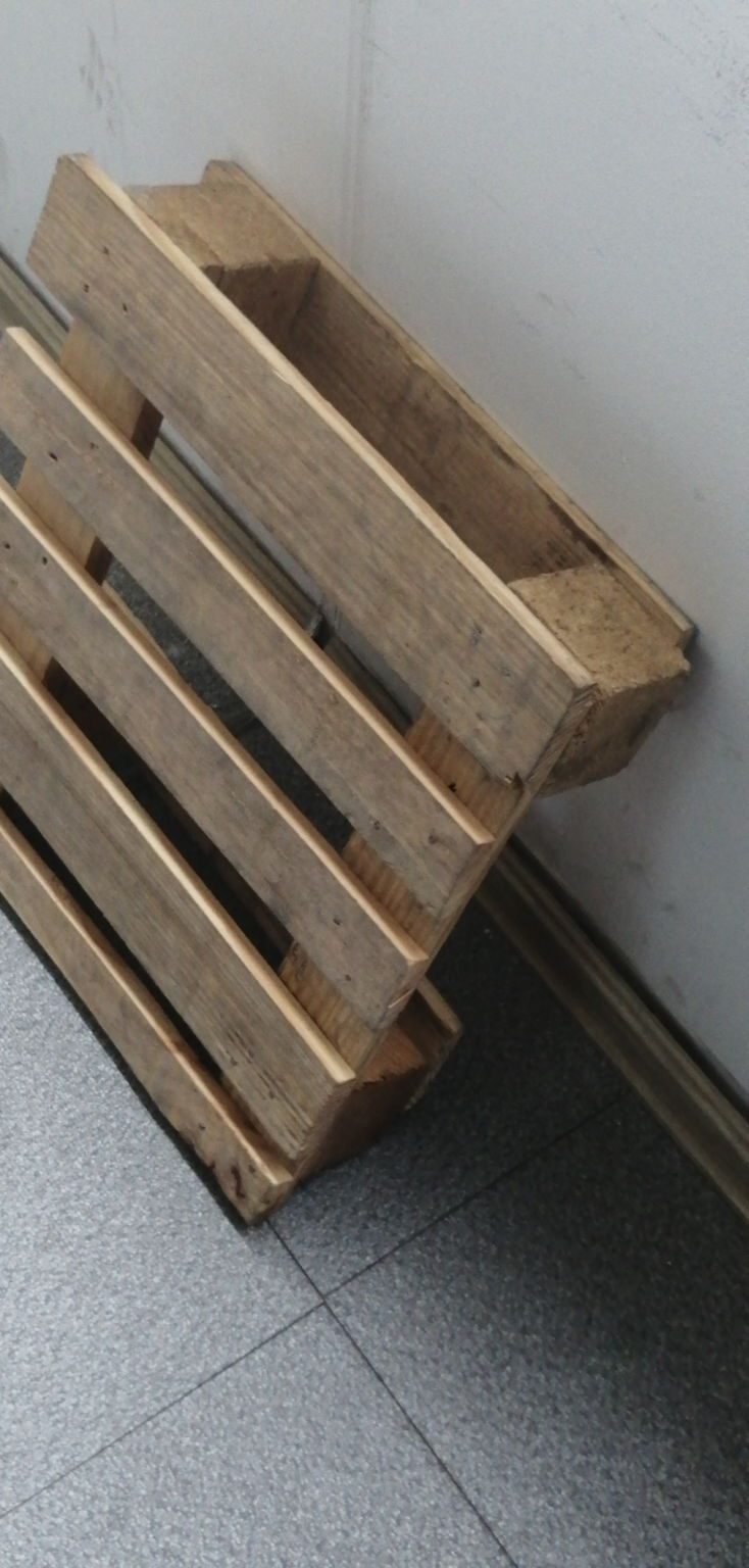 本溪松木木制平托盘价??,┡ⓥ ❑与松木的种类有直接关系